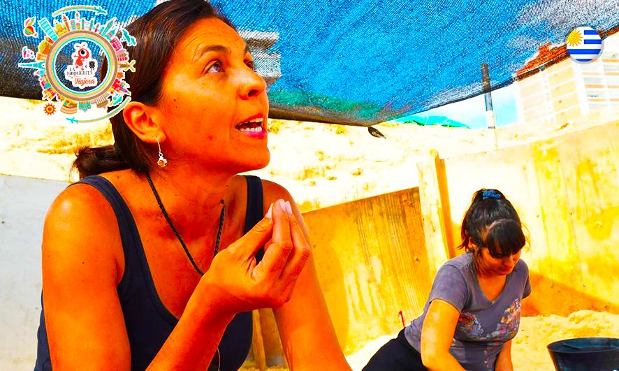La arqueóloga Marcela Caporale, en el sitio de los descubrimientos (AFP)