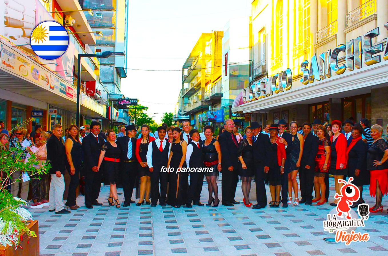 Peatonal 19 de Abril - Escuela y Embajada de tango Paysandú - Fuente: Foto Panorama https://www.facebook.com/Guichon-eventos-144148598993906/
